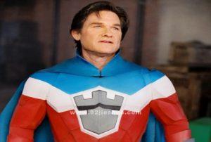 《超人高校》电影解说文案